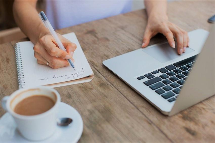 خواص قهوه برای تقویت حافظه و بهبود عملکرد مغز و درس خواندن؛ محققان چه میگویند؟